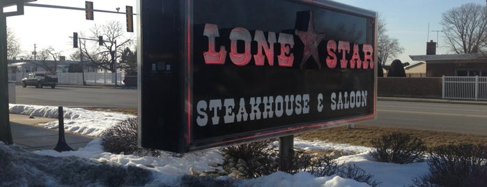 Lone Star Steakhouse & Saloon is one of Favorites.