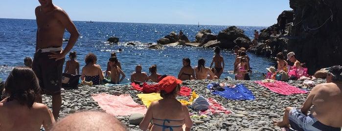 Spiaggia del Paese is one of Tempat yang Disukai Wolfgang.