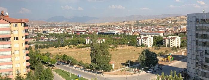 Alp Sıtesı is one of beyzadeさんの保存済みスポット.