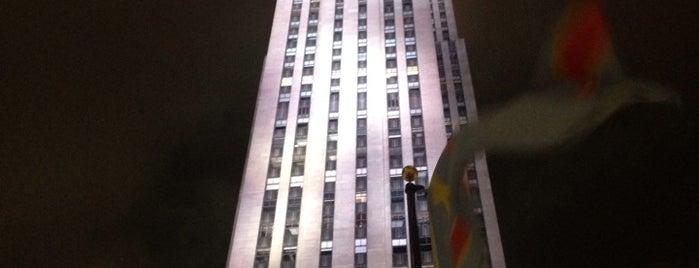Рокфеллеровский центр is one of NEW YORK CITY : Manhattan in 10 days! #NYC enjoy.