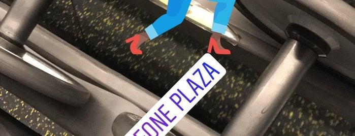 Vodafone Plaza Spor Salonu is one of Posti che sono piaciuti a Celal.