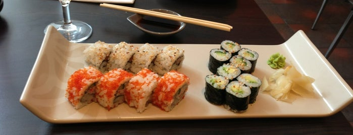Miyako Mama's Sushi Bar is one of Sushi Sampler.