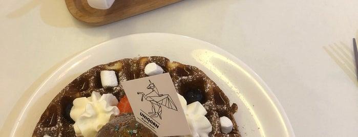 La Fleur Cafe is one of Lieux sauvegardés par Jaclyne.