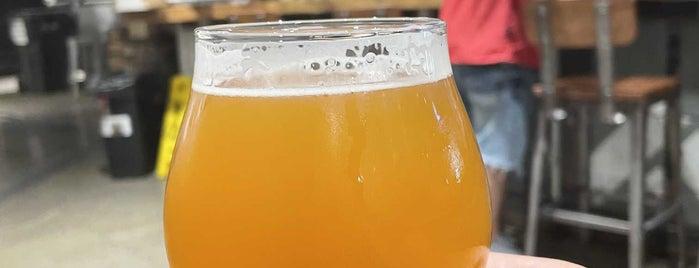 Big Alice Barrel Room is one of Beer!.