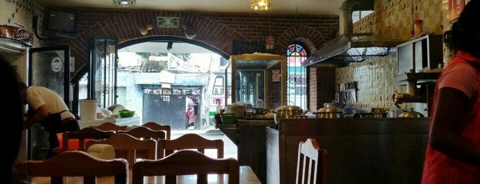 Carnitas Polo's is one of สถานที่ที่บันทึกไว้ของ Chino Trovador.