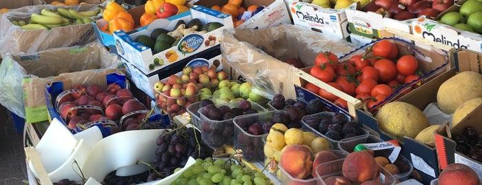 Marsaskala Market is one of Locais curtidos por Arianna.
