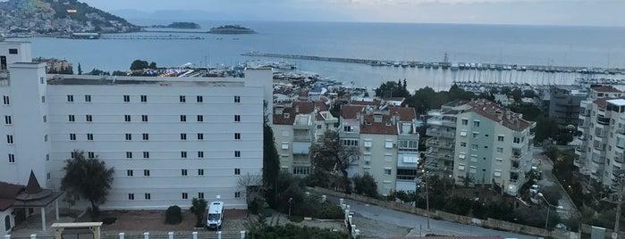 Esat Hotel Aksam Yemeği is one of Lugares guardados de Malvina.