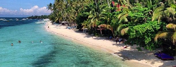 Alona Beach is one of Arlene'nin Beğendiği Mekanlar.