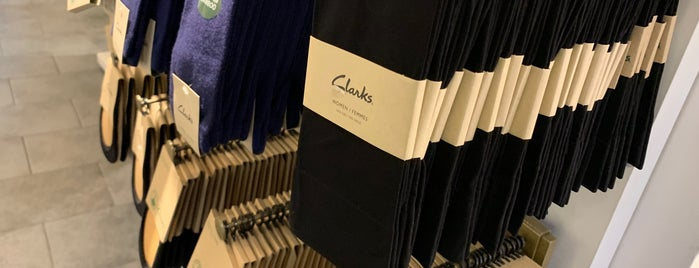 Clarks is one of Carmenさんのお気に入りスポット.