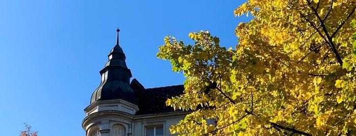 Wilmersdorf is one of Lugares favoritos de Cristi.