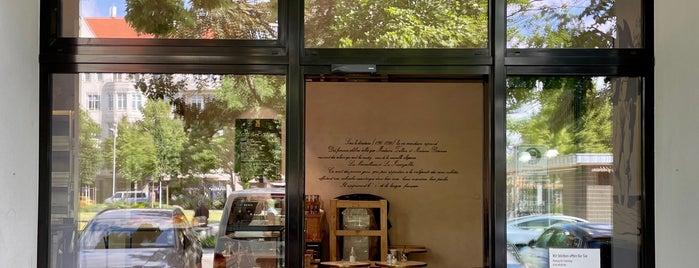 Aux Merveilleux de Fred is one of Testen: Cafés.