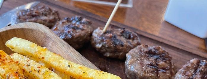 Nusr-Et Burger is one of A-L-P 님이 좋아한 장소.