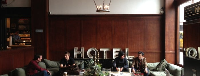 Ace Hotel Portland is one of Tempat yang Disukai James.