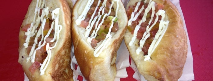 El Guero Canelo is one of Hot Dogs.
