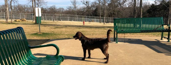 The Hound Mound Dog Park is one of Locais curtidos por KATIE.