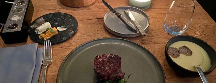 DSTRIKT Steakhouse is one of Vienna.