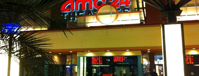 AMC Ahwatukee 24 is one of Aida : понравившиеся места.