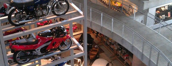 Barber Vintage Motorsports Museum is one of Steel City.