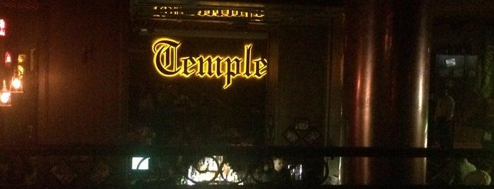 Temple Pub is one of Tempat yang Disukai Radu.