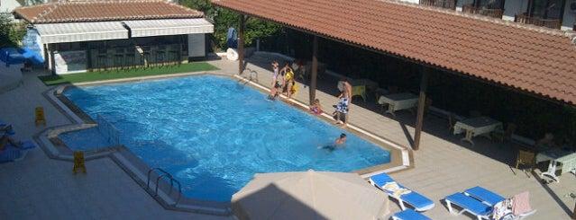 Hamle Hotel is one of Lugares favoritos de Emre.