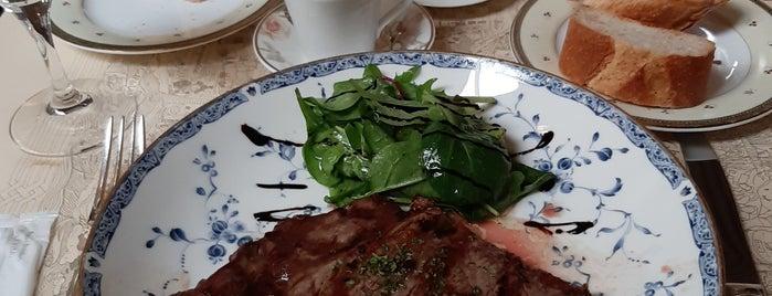 代官山 レストラン シェ・リュイ is one of daqlaさんのお気に入りスポット.