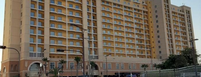 ホテルユニバーサルポート is one of daqlaさんのお気に入りスポット.