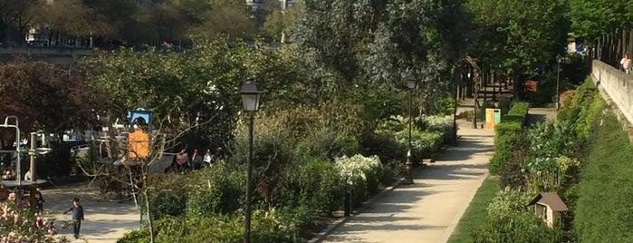 Jardins du Port de l'Arsenal is one of Paris chillings.