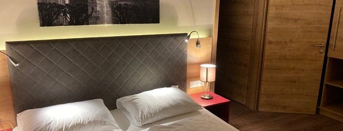 Hotel Max70 is one of Lieux qui ont plu à ersavas.