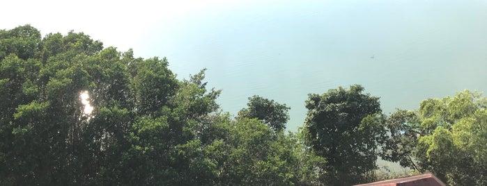 Casa del Agua (Uyotot Ja') is one of Posti che sono piaciuti a Shirley.