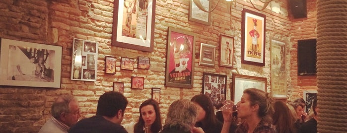 Las Tapas Locas is one of Toulouse.