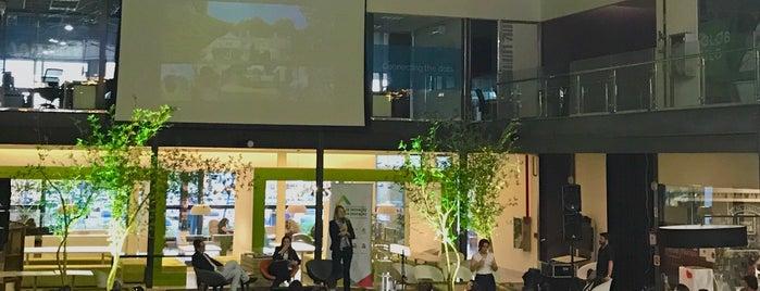Primavera Garden Center is one of สถานที่ที่ Roy ถูกใจ.