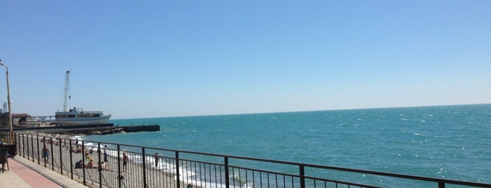 Пляж «Робинзон» is one of Свадебное путешествие.