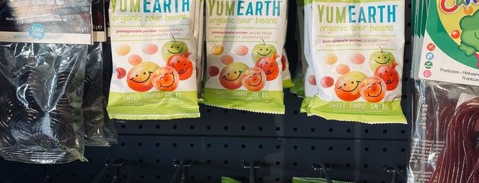 Organic Store is one of Queen'in Kaydettiği Mekanlar.
