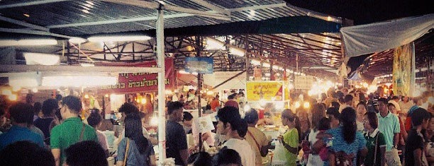 Chaofa Variety Weekend Markets is one of Phuket.