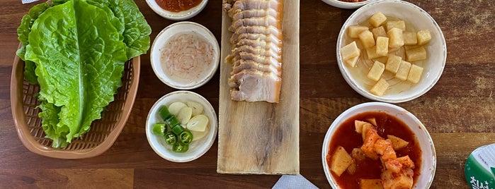 가시아방국수 is one of 음식.
