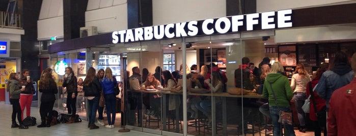 Starbucks is one of Tempat yang Disukai Corrado.