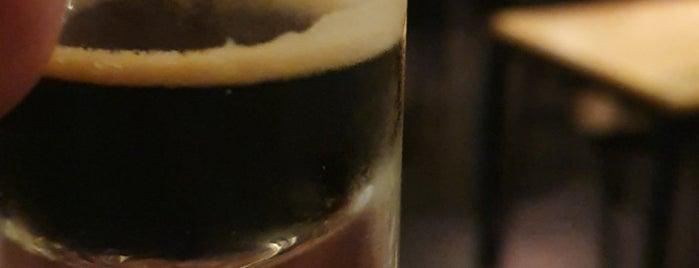 Cervejaria Central is one of Brejas Premium.