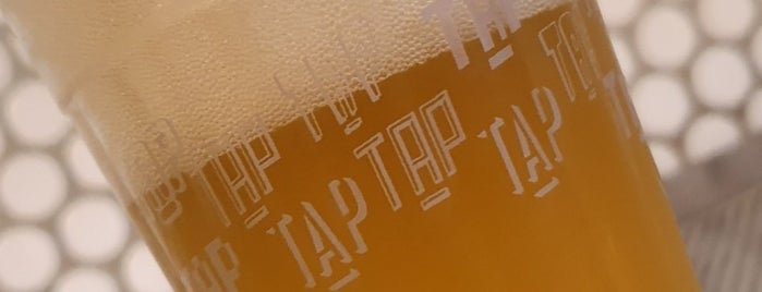 Tap Tap is one of Bares.