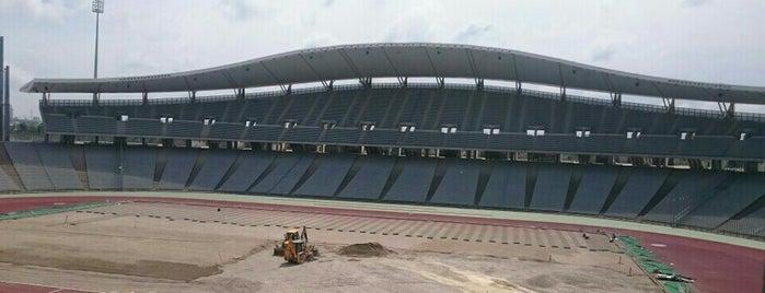 Atatürk Olimpiyat Stadyumu is one of İstanbul Stadyum ve Futbol Sahaları.