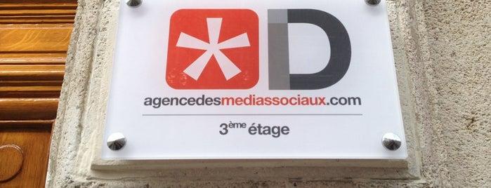 ID - agencedesmediassociaux.com is one of Lieux sauvegardés par Vicky.