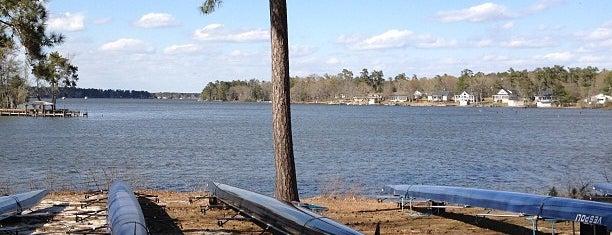 Camp Bob Rowing Camp is one of Lieux qui ont plu à Karan.
