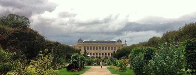 Jardin des Plantes is one of Paris.