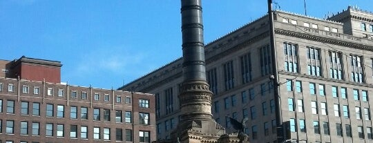 Cuyahoga County Soldiers' and Sailors' Monument is one of Lugares favoritos de Andrew.