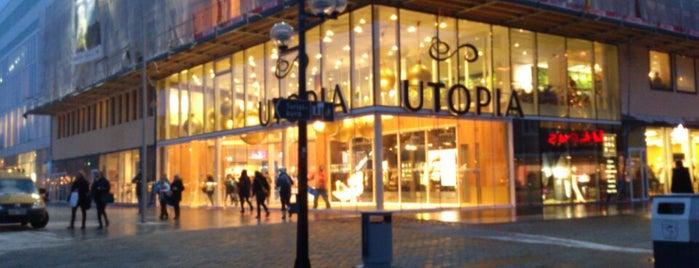 Utopia is one of Lieux qui ont plu à Simon.