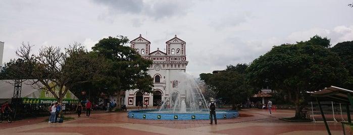 Parque principal Guatapé is one of Orte, die Layjoas gefallen.