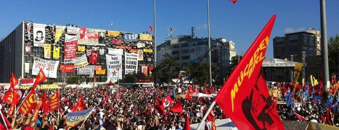Taksim-Platz is one of mekanlarım :)).