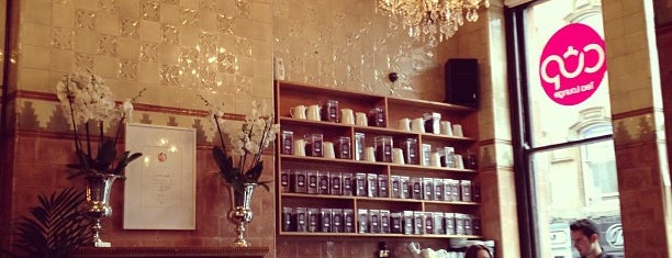 Cup Tea Lounge is one of Locais curtidos por Lauren.