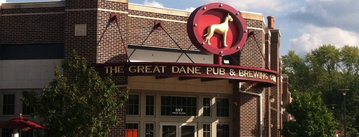 Great Dane Pub & Brewing Company is one of Georgeさんの保存済みスポット.