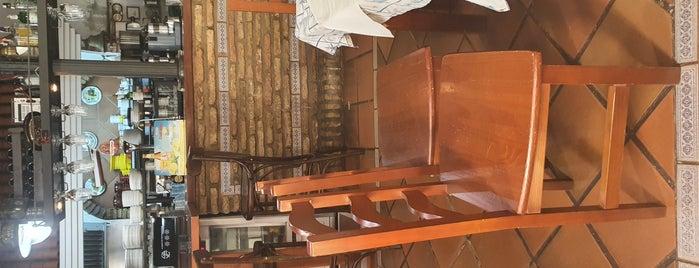 Restaurante Casa A'poliña Calviño is one of Restaurantes bons.