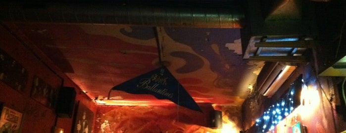 Kentucky Bar is one of Pubs de Barcelona.